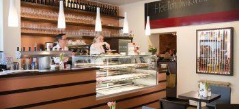 csm_630_Kupfer_Patinert_-_Cafe_Wiener_Botschaft_in_Wuerzburg_01_9f86449c3b